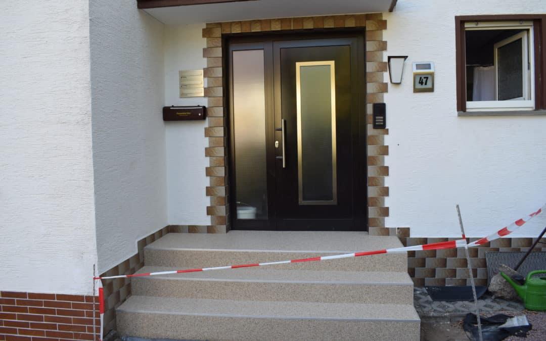 Treppenaufgang zum Haus in Darmstadt