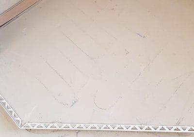 badsanierung-mit-porenfueller1-steinteppich-fugenlos-naturstein-bodenbelag-fuer-terrasse-kueche-bad-und-wohnzimmer