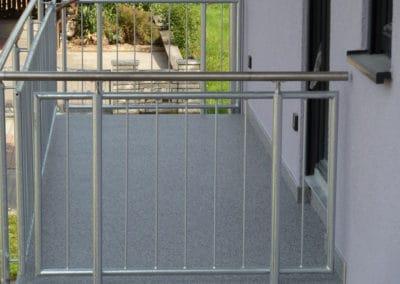 Balkon – Bardiglio -steinteppich-fugenlos-naturstein-bodenbelag-fuer-terrasse-kueche-bad-und-wohnzimmer
