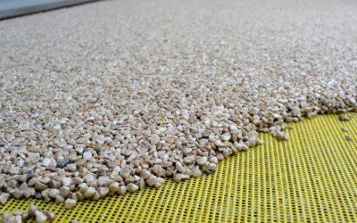 Die Auswahl des richtigen Bindemittels für qualitativ hochwertige Steinteppich-Bodenbeläge