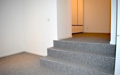 Steinteppich für Eingangsbereich und Treppen