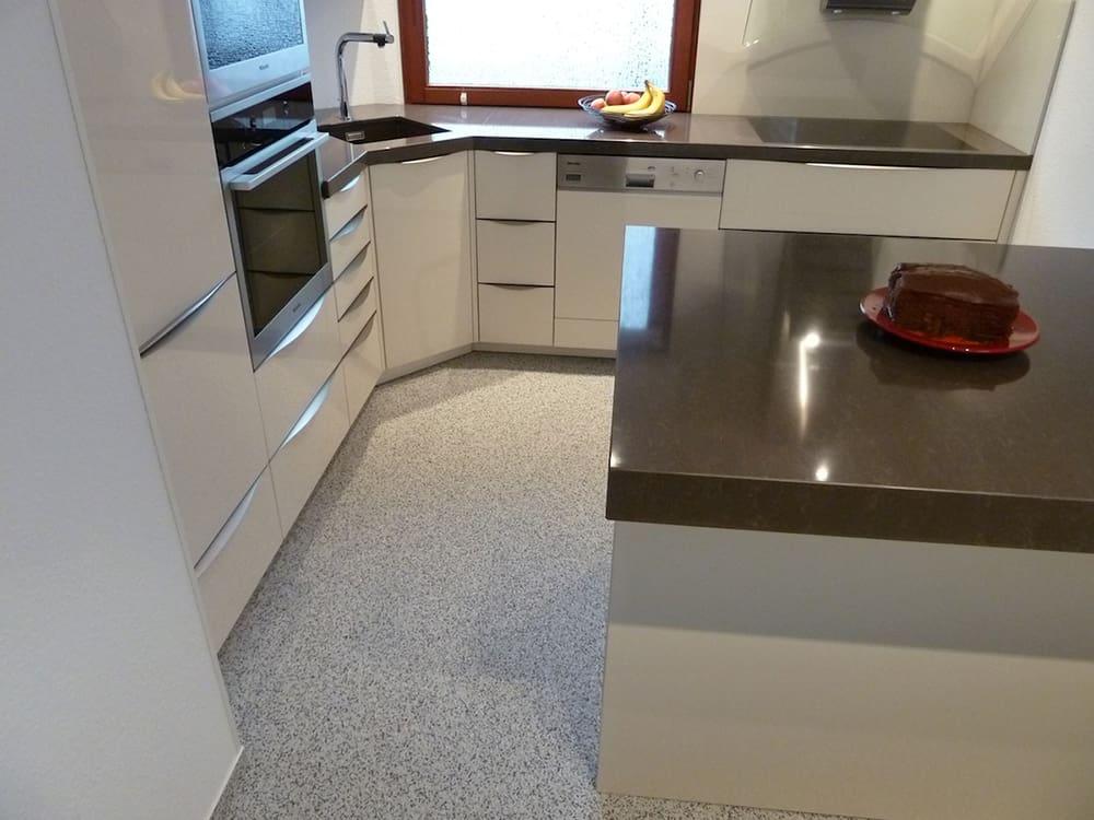 Ihre fugenlose Küche - Hygienisch sauber dank ...