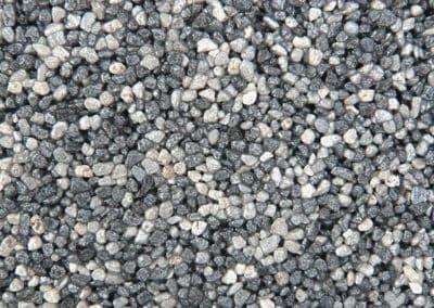 quarzkies_140-15-steinteppich-fugenlos-naturstein-bodenbelag-fuer-terrasse-kueche