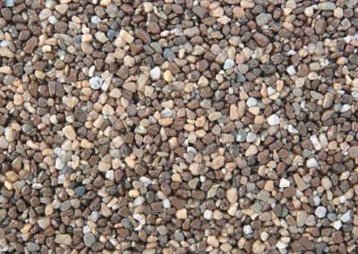 quarzkies_2090-steinteppich-fugenlos-naturstein-bodenbelag-fuer-terrasse-kueche-bad