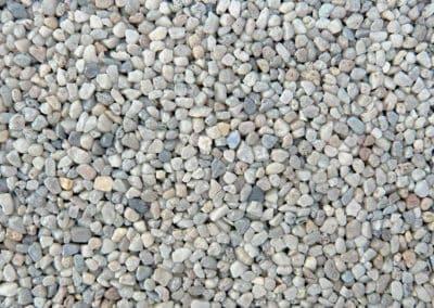 quarzkies_250-steinteppich-fugenlos-naturstein-bodenbelag-fuer-terrasse-kueche-bad