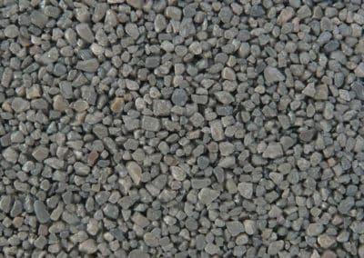 quarzkies_802-2-steinteppich-fugenlos-naturstein-bodenbelag-fuer-terrasse-kueche