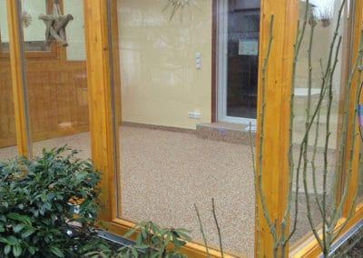 wintergartensanierung9-steinteppich-fugenlos-naturstein-bodenbelag-fuer-terrasse-kueche-bad-und-wohnzimmer